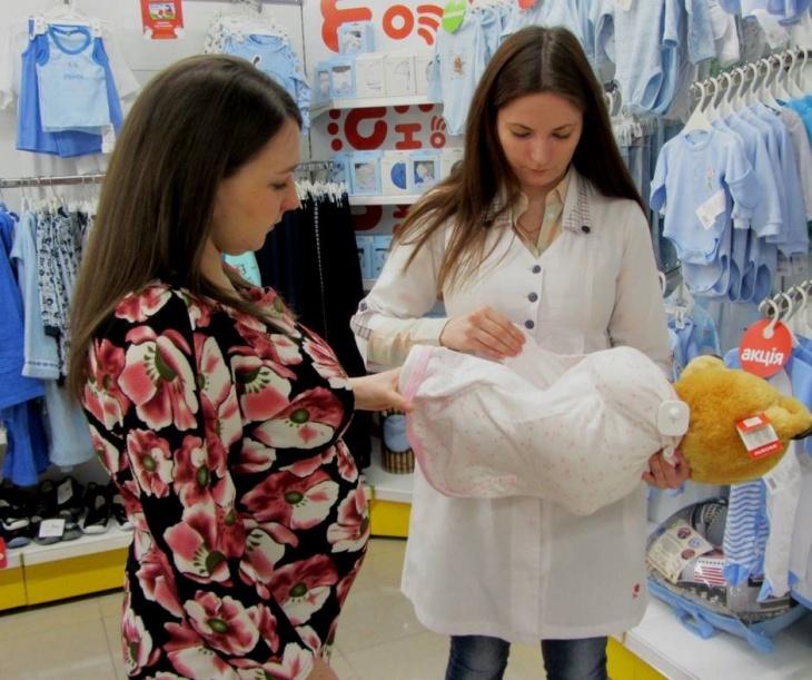 """Школа мам в сети магазинов """"Антошка"""""""