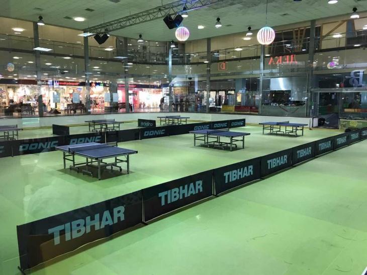 405c4e18181b В ТРЦ Караван открылся настольный теннис   Дети в городе Харьков