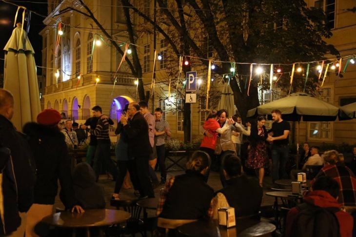 Танго Open Air в Палаці Потоцьких