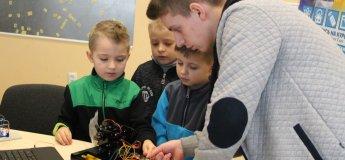 Курсы для детей по робототехнике и программированию в Песочине