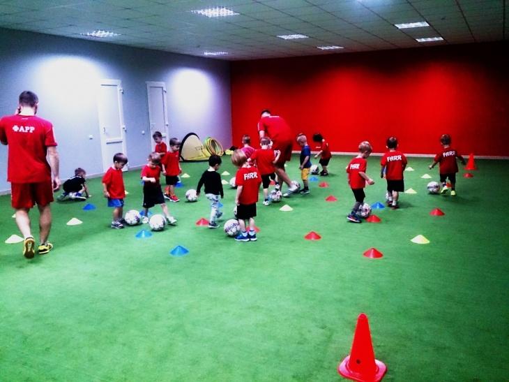 Пробне безкоштовне тренування з футболу для дітей