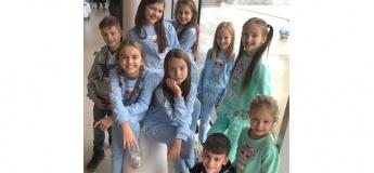 Заняття в школі моделей Lola Kids Models Agency