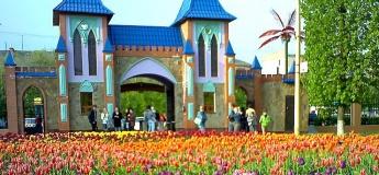 Бал тюльпанов в Кропивницком, Софиевский парк, шоу фонтанов